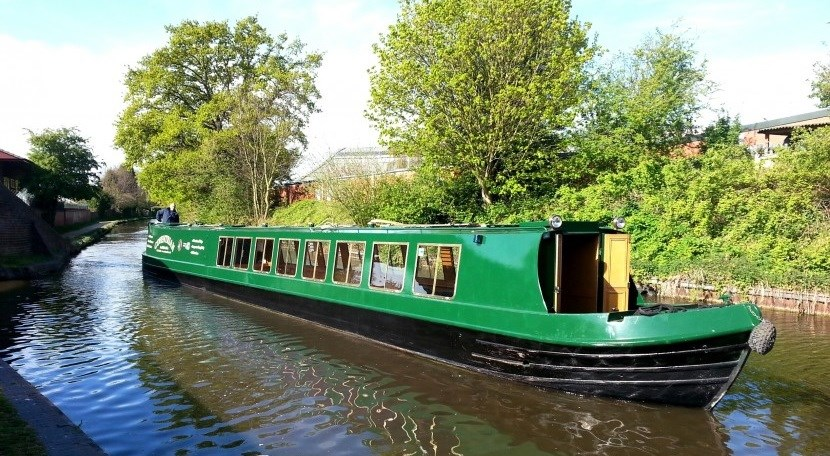 All aboard the Coventrian for Christmas Cruises on Coventry Canal