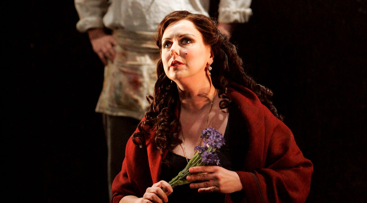 English Touring Opera seeks local fan for role