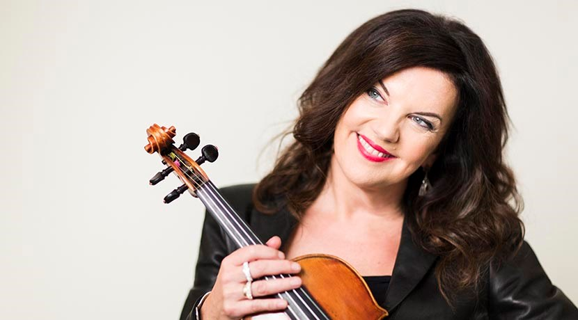 International violinist honoured at University ceremony